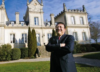 Jinshan Zhang, propriétaine du Château du Grand Mouëys.